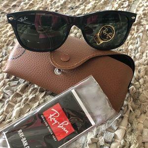 Ray-Ban 🕶 sunglasses 😎